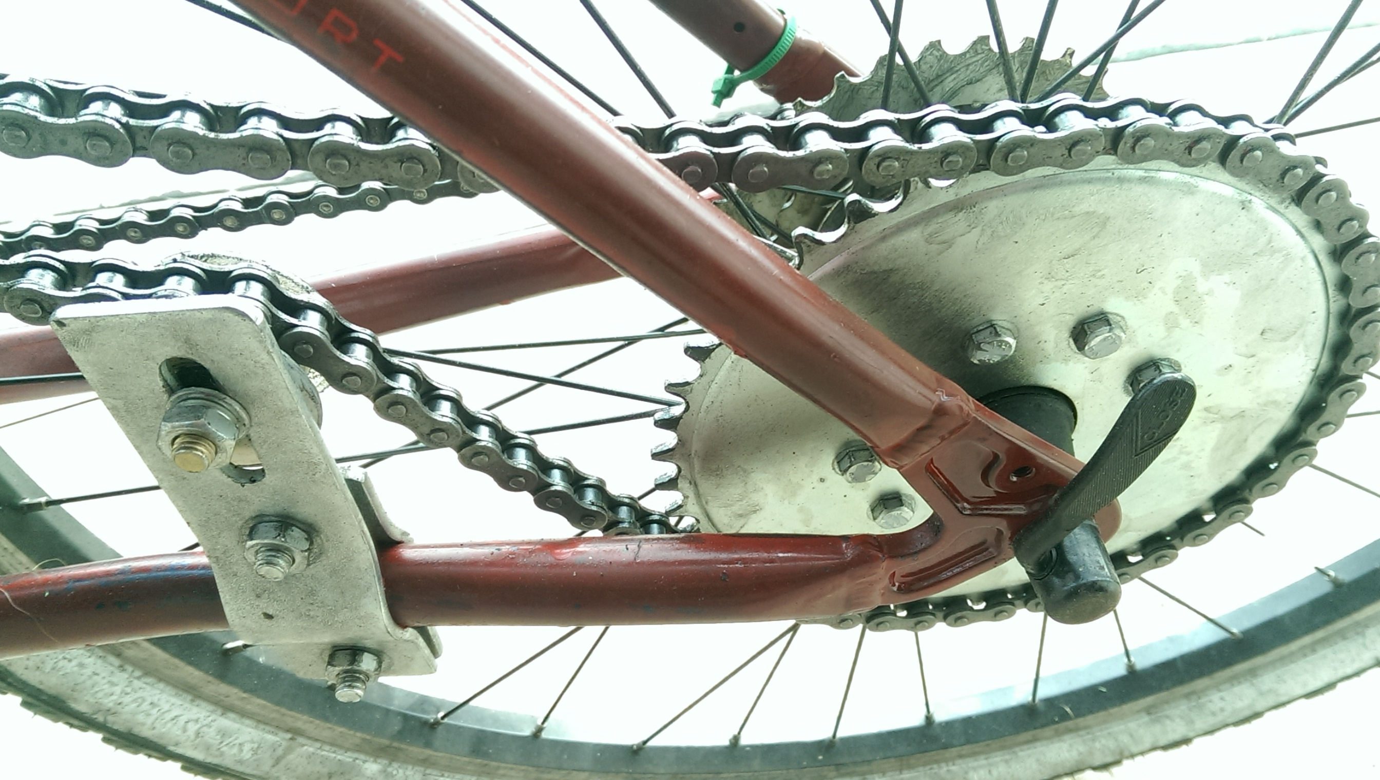 Sprocket Mounting Motorized Bike Tention Pulley Chain